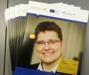 Klima- og energiminister Rasmus Helveg Petersen på forsiden af biogasmagasinet